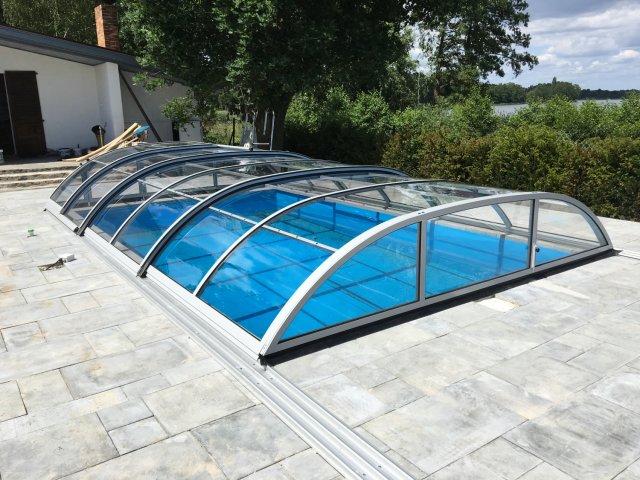 zadaszony basen