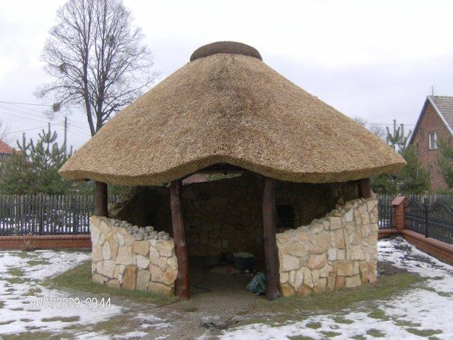 Altana drewniana kryta strzechą Pszczyna