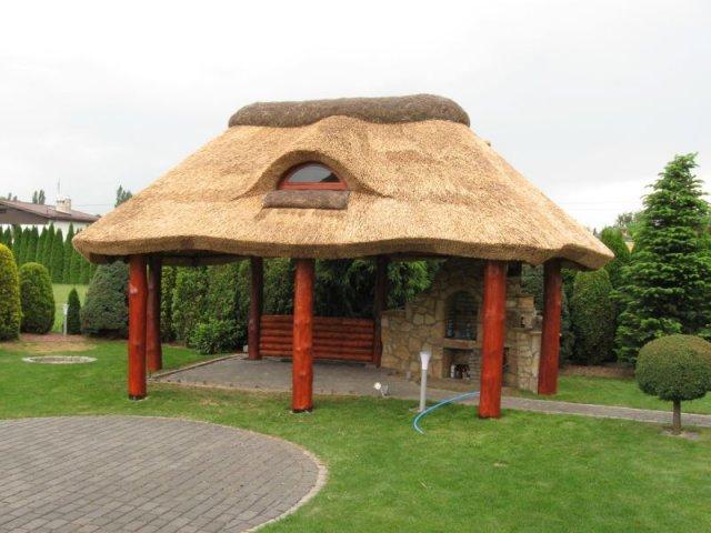 Altana drewniana kryta strzechą - Czechowice-Dziedzice