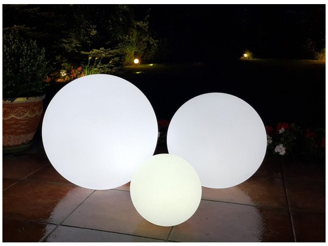 Lampa dekoracyjna LED Kula RGB 40cm